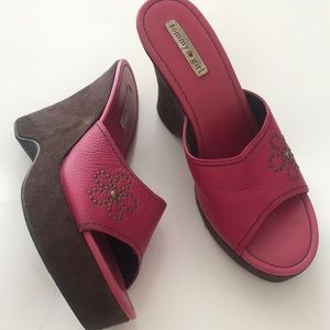 TOMMY HILFIGER Pink Pebbled Leather Suede Wedges 8